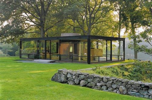 <b><i>Glass House</i></b>