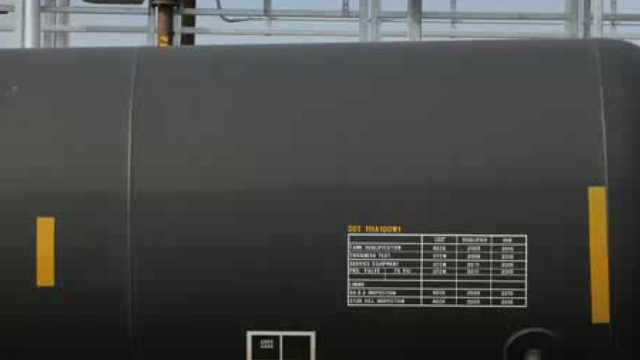 Video: Obama's DOT Proposes Tougher Oil Train Safety Rules
