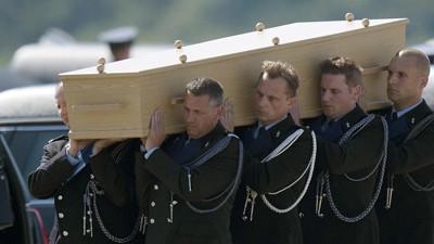 Video: Bodies of MH17 Victims Arrive in the Netherlands