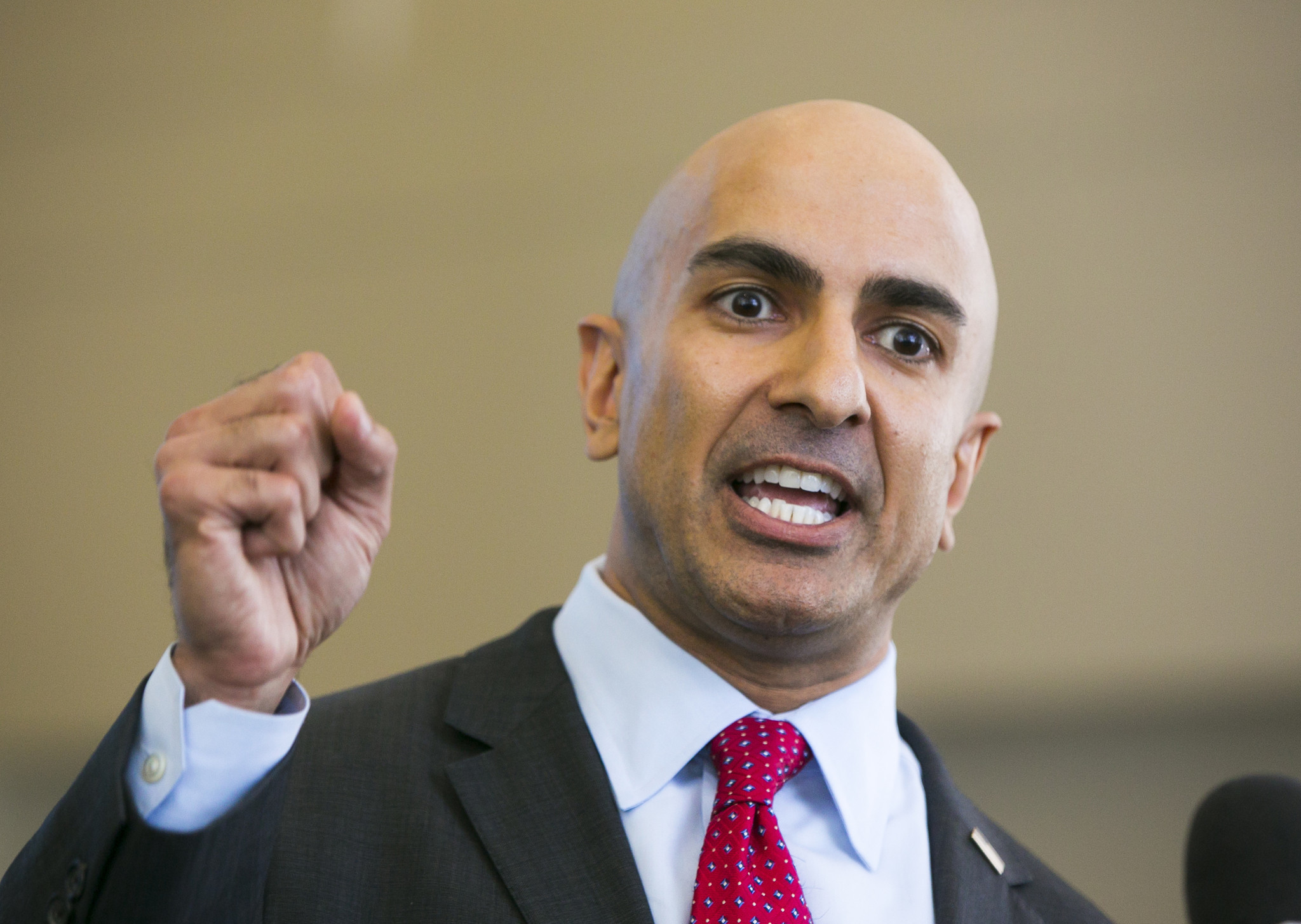 Poll says Gov. Brown has nearly 20-point lead over challenger Kashkari