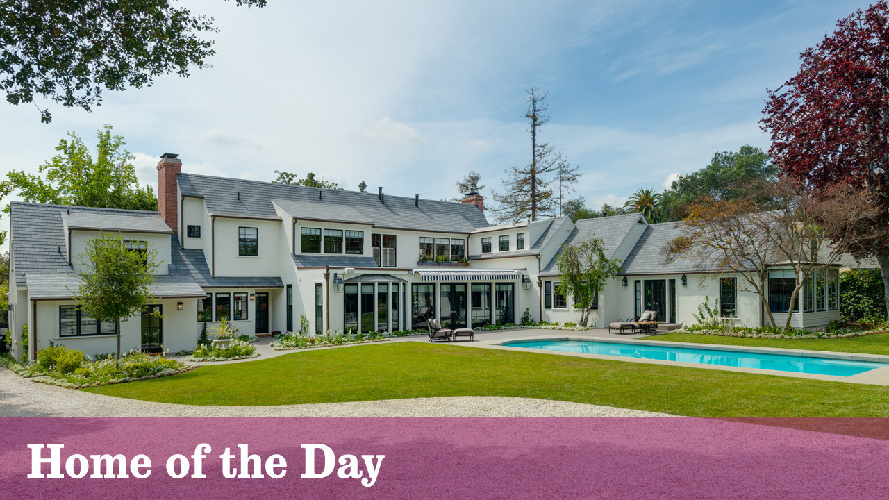 Home Of The Day A New England Colonial In Pasadena La Times