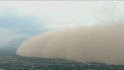 Raw: Massive dust storm covers Phoenix [Video]