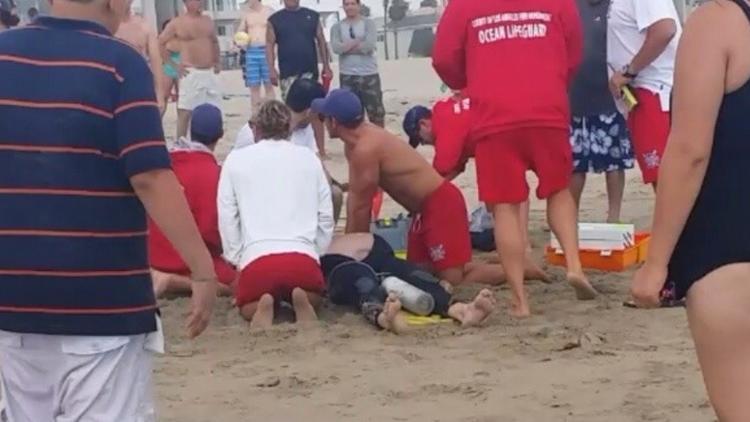 UPDATE: Lightning Strike Injures 15 On California's Venice Beach, 1 Dead, 1 Critical