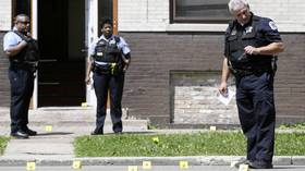 Lawndale, River North shootings wound 2
