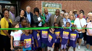 Mayor cuts ribbon on firs