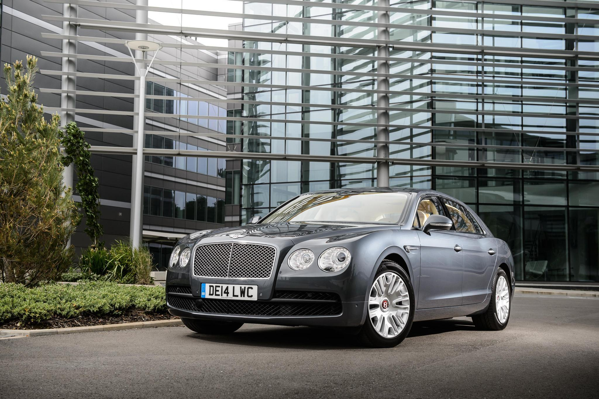 Rapid review bentleys flying spur and mulsanne sedans la times vanachro Image collections
