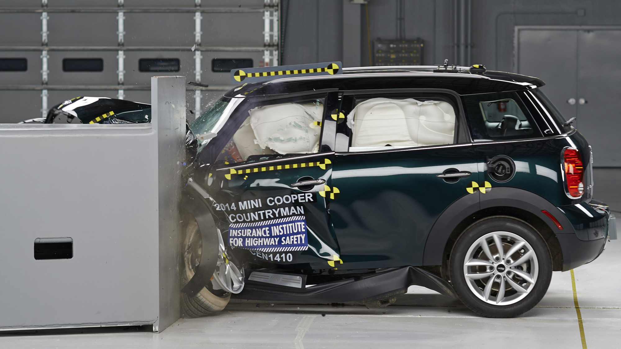 Mini cooper countryman wins small car crash tests nissan leaf fails la times