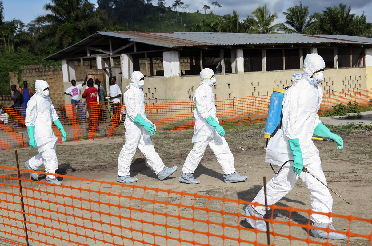 Minnesota woman who lost husband to Ebola urges aid to fight virus