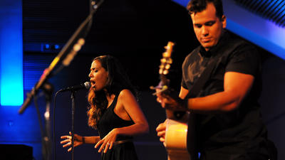 Johnnyswim concert photos