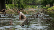 River Weaving art in Lockport canal