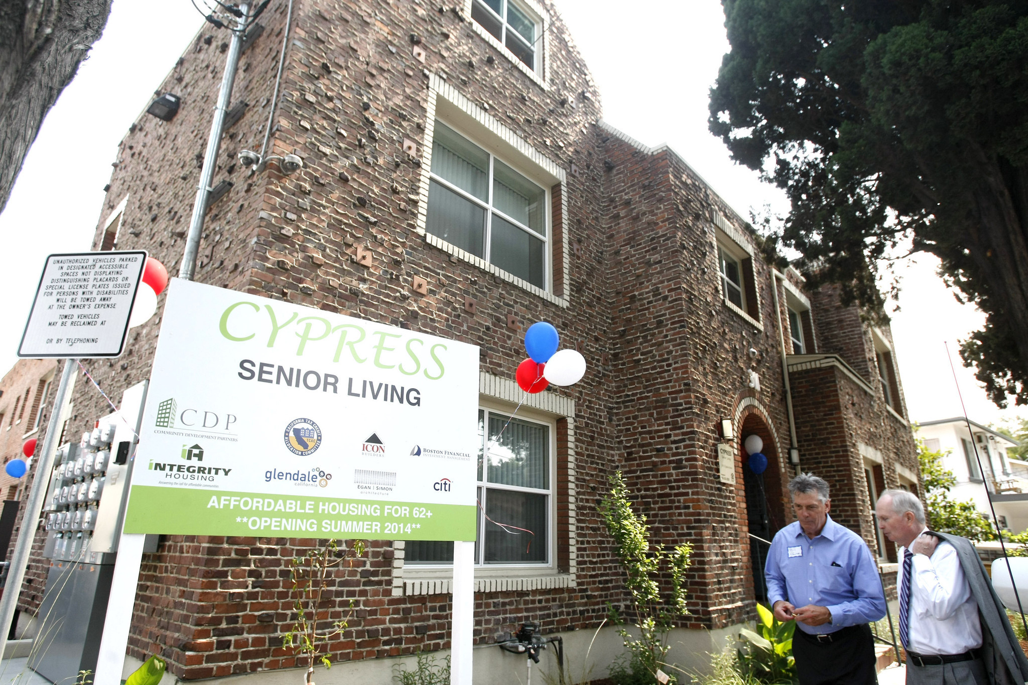 Glendale Housing For Low Income Seniors, Retired Veterans Opens Its Doors    LA Times