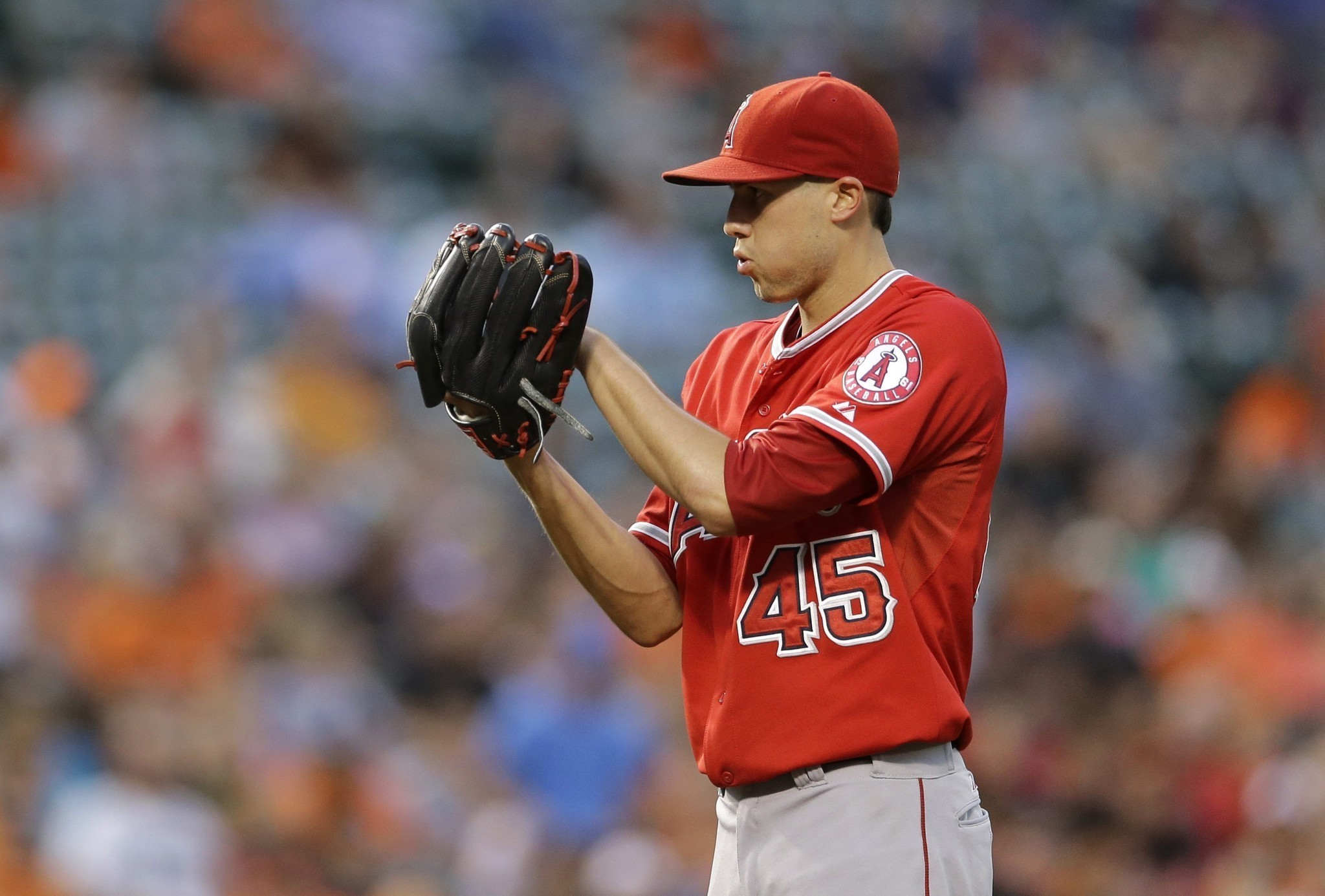 Angels' Tyler Skaggs likely headed to disabled list with forearm strain