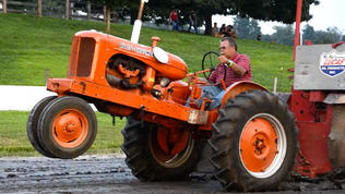 Tractor pull at the Harford farm fair [Video]