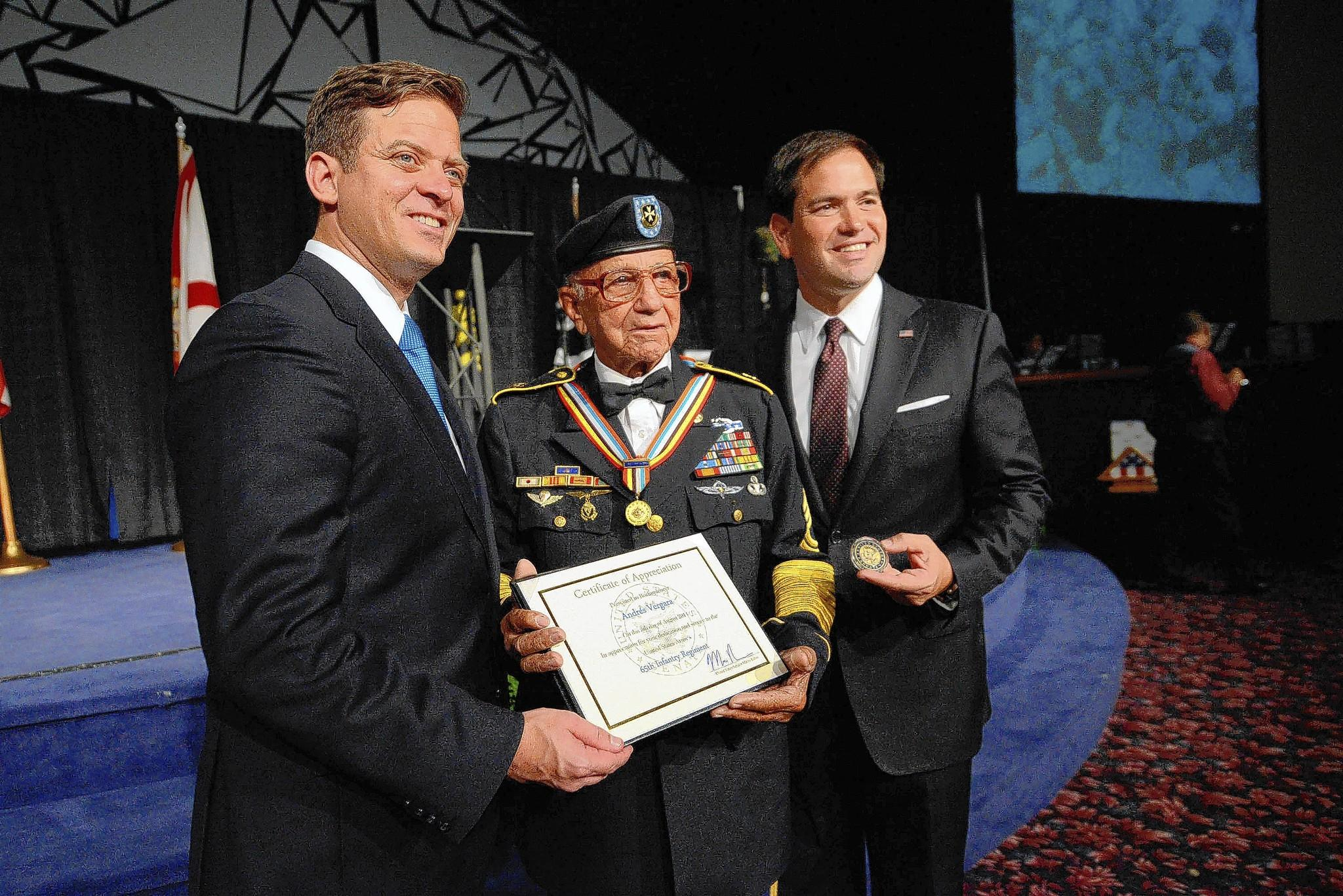 "Florida Lt. Gov. Carlos López Cantera, veteran Andrés Vergara and Senator Marco Rubio during the event to honor members of the 65th Infantry Regiment, ""Los Borinqueneers."""
