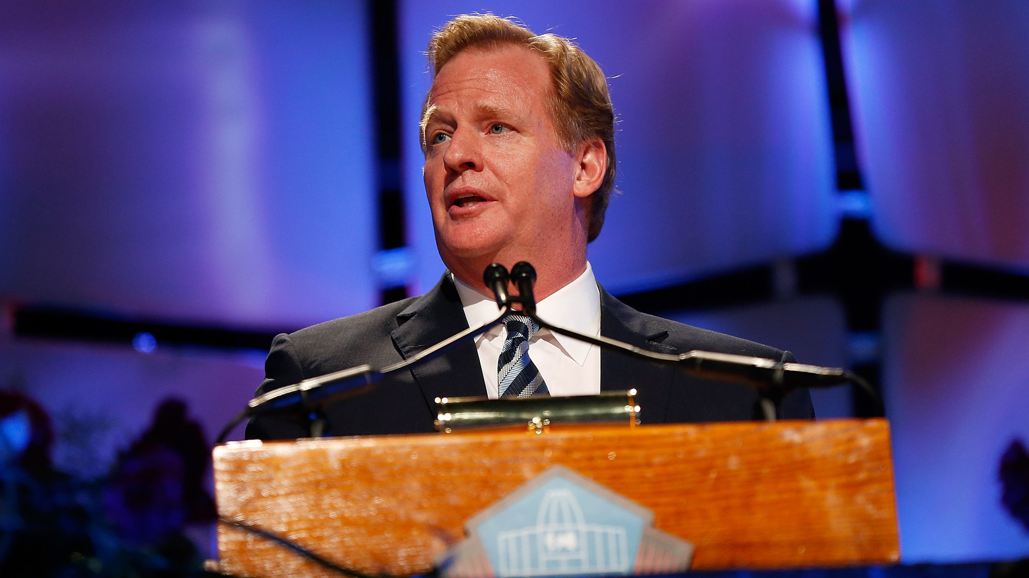 NFL domestic violence petition nets more than 47,500 signatures
