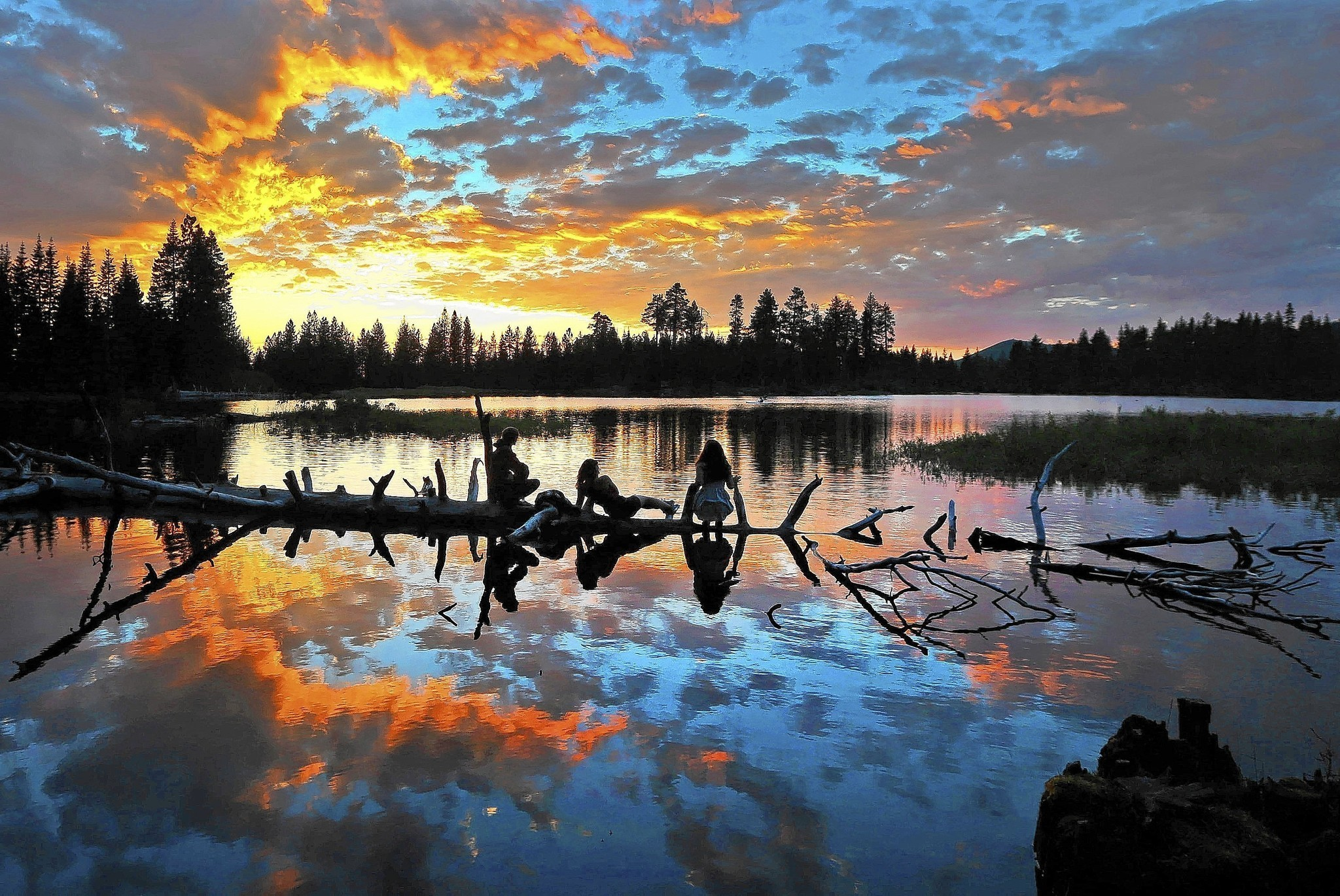 lassen volcanic national park is unmatched in the park system la times. Black Bedroom Furniture Sets. Home Design Ideas