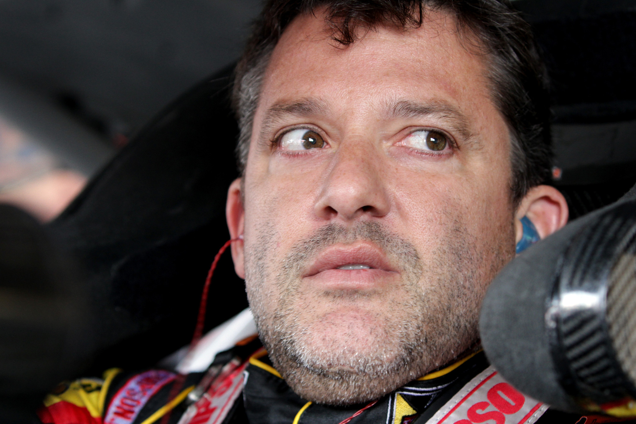 Nascar champion tony stewart plans to race on sunday hours after