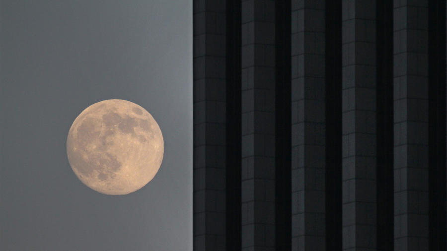 Los Angeles Super Moon