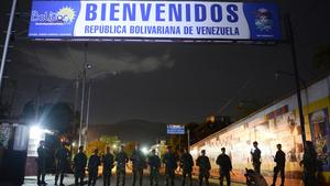 Related story: Venezuela begins overnight closures of border to deter smuggling
