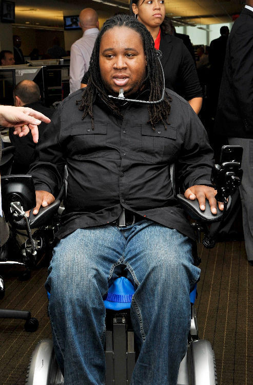 Former Rutgers football player Eric LeGrand will be an honorary captain at the Penn State-Rutgers game.