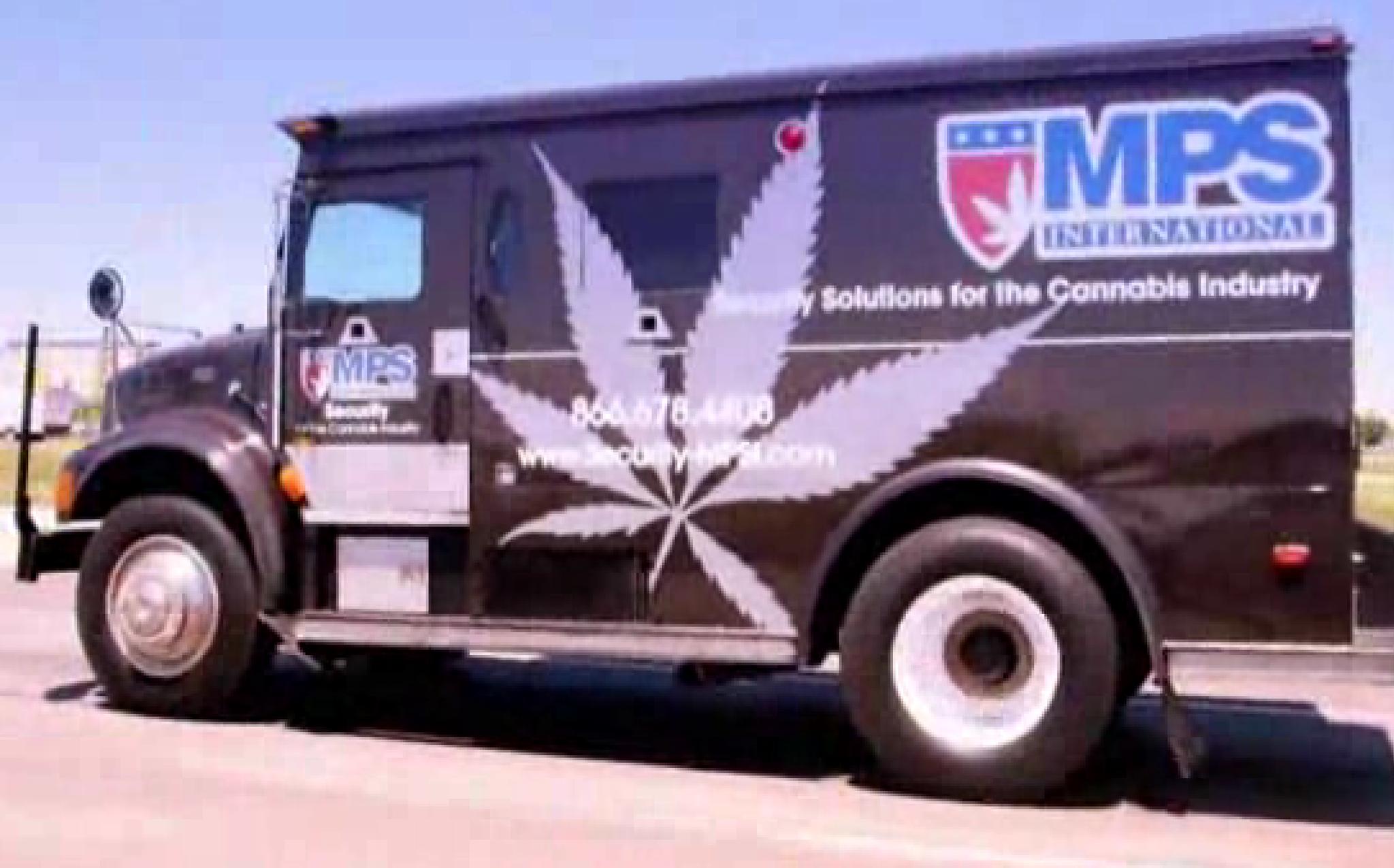 The armored trucks guarding marijuana\'s cash flow - Chicago Tribune