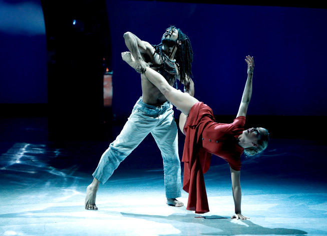 "Top 8 contestant Jessica Richens (R) and all-star Will Wingfield perform a Contemporary routine to ""Earth Song,"" choreographed by Mandy Moore."