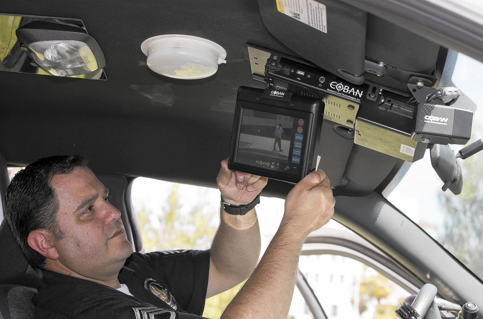 Lapd S In Car Camera Effort Is Lagging La Times