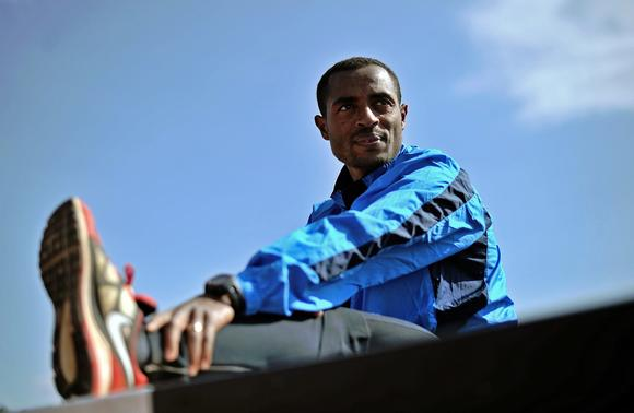 ATHLETICS-ETH-FRA-MARATHON-PARIS-BEKELE