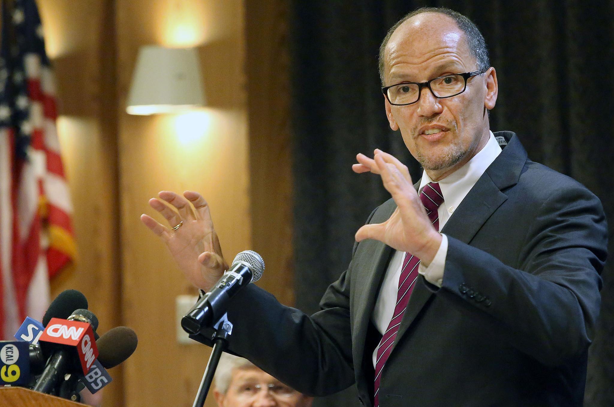 Secretary of Labor Thomas Perez comes to Los Angeles, talks minimum wage and manufacturing