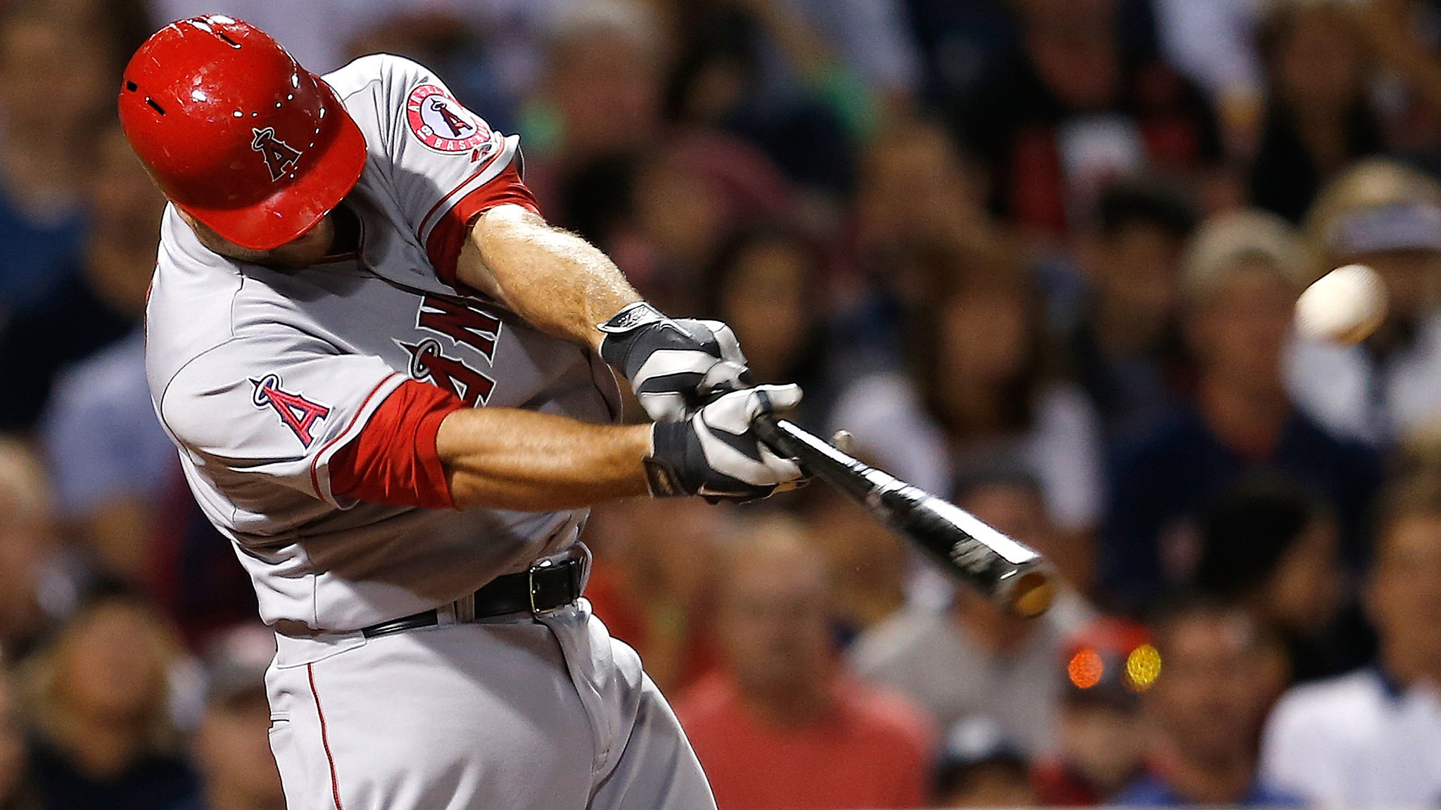 Chris Iannetta pushes Angels past Red Sox, 4-3