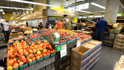Whole Foods Columbia opens to droves of shoppers