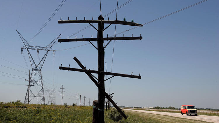 Watchdog group accuses electric supplier of deceptive marketing – Chicago Tribune