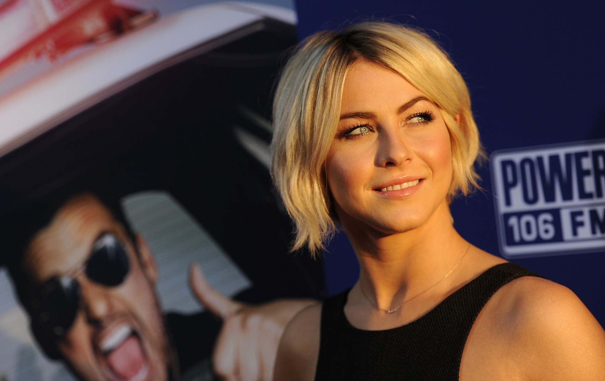 Julianne Hough returns to 'Dancing With the Stars' as a judge