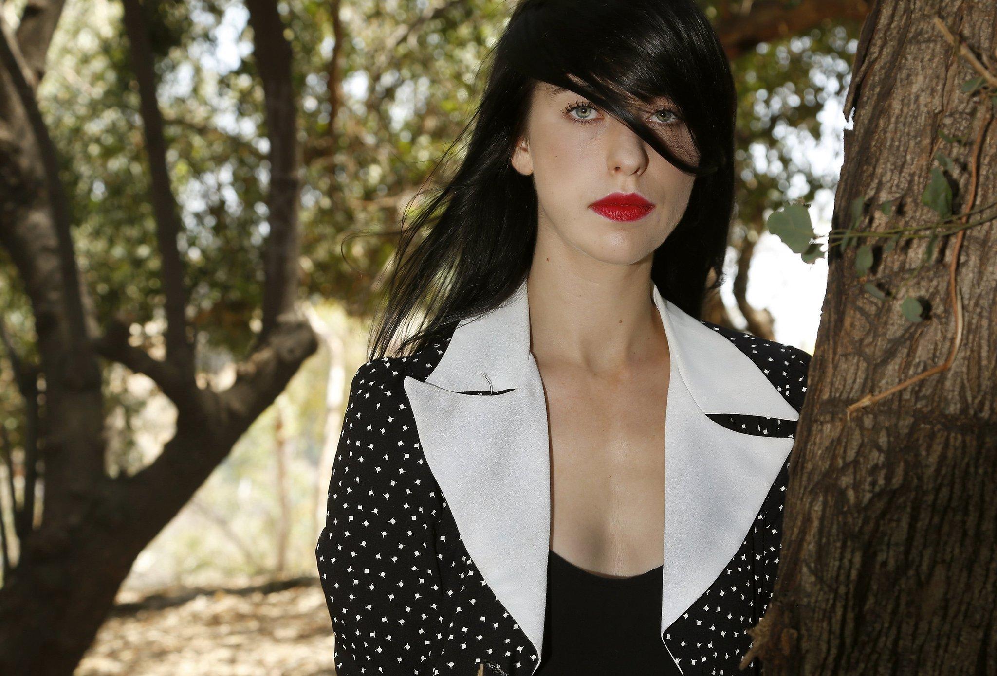Yulenka Moore Nude Photos 29