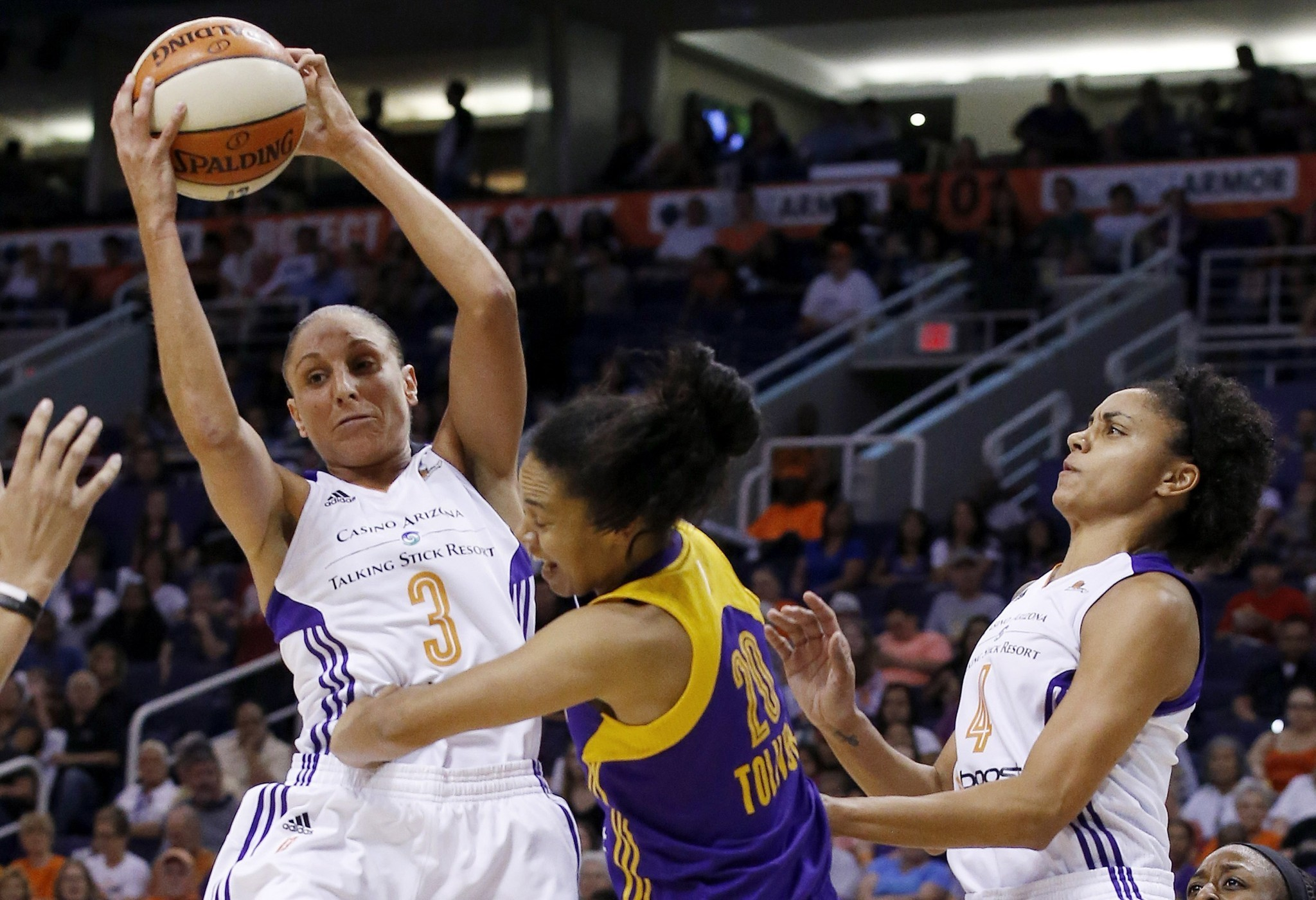 Diana Taurasi leads Mercury past Sparks, 75-72, in playoff opener