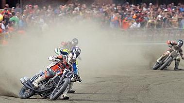 Video: Flat-Track Racing at Colonial Downs