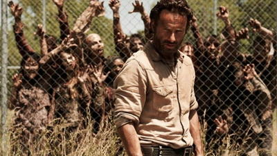 'Walking Dead' goes adult, star says