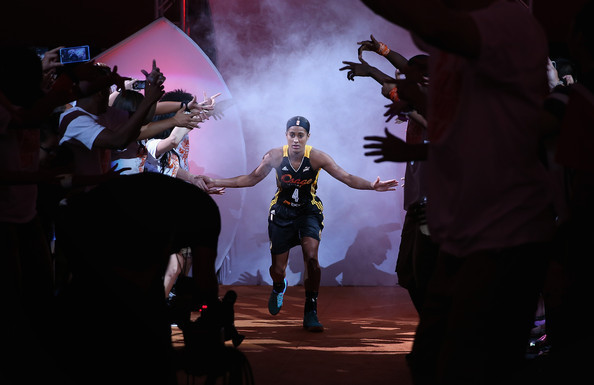 diggins christian personals Dallas wings wnba star skylar diggins discusses problems of pay disparity between men and women athletes and points out mavericks harrison barnes as one example.