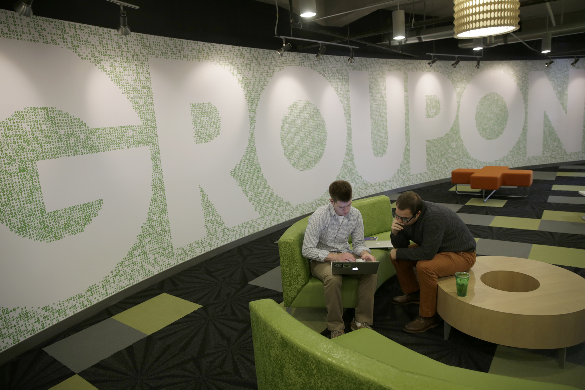 Report: Groupon among tech firms lacking in board diversity