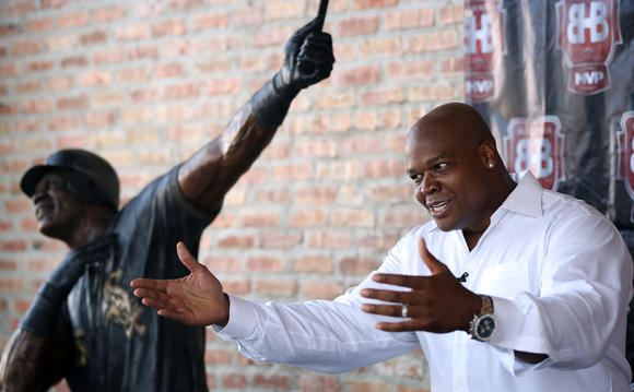 Frank Thomas to open Big Hurt Brewhouse