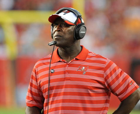 Former Chicago Bears head coach Lovie Smith, now  head coach of the Tampa Bay Buccaneers, has listed his 13-room home in Lake Forest for $1.99 million.