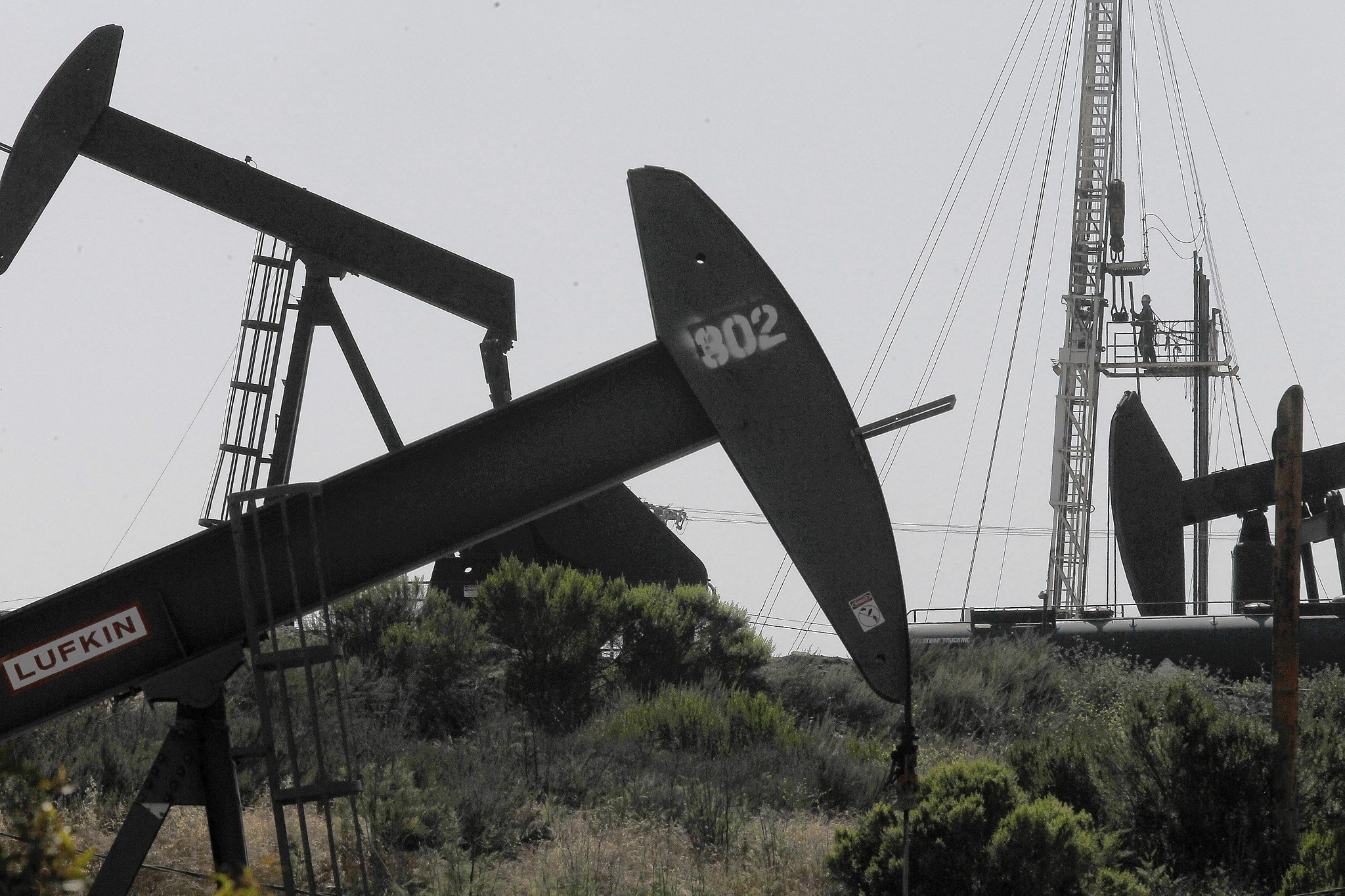 Fracking report clears way for California oil, gas leasing to resume