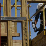 1 in 6 California construction workers labors in shadows, study finds
