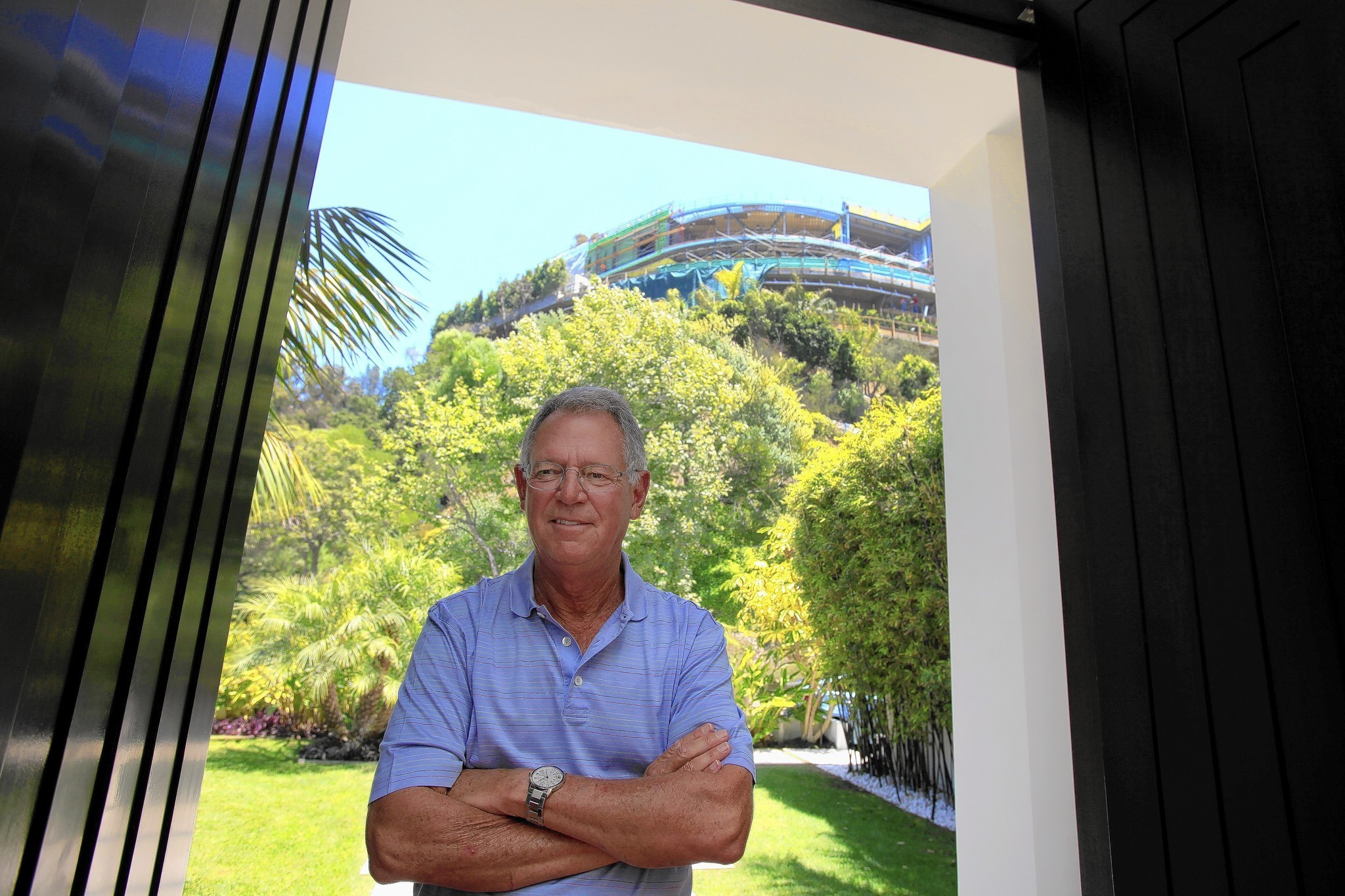 Home to have angered locals is a 30 000 square foot creation of hadid - Building Huge Hillside Homes And Steep Resentment In Bel Air La Times