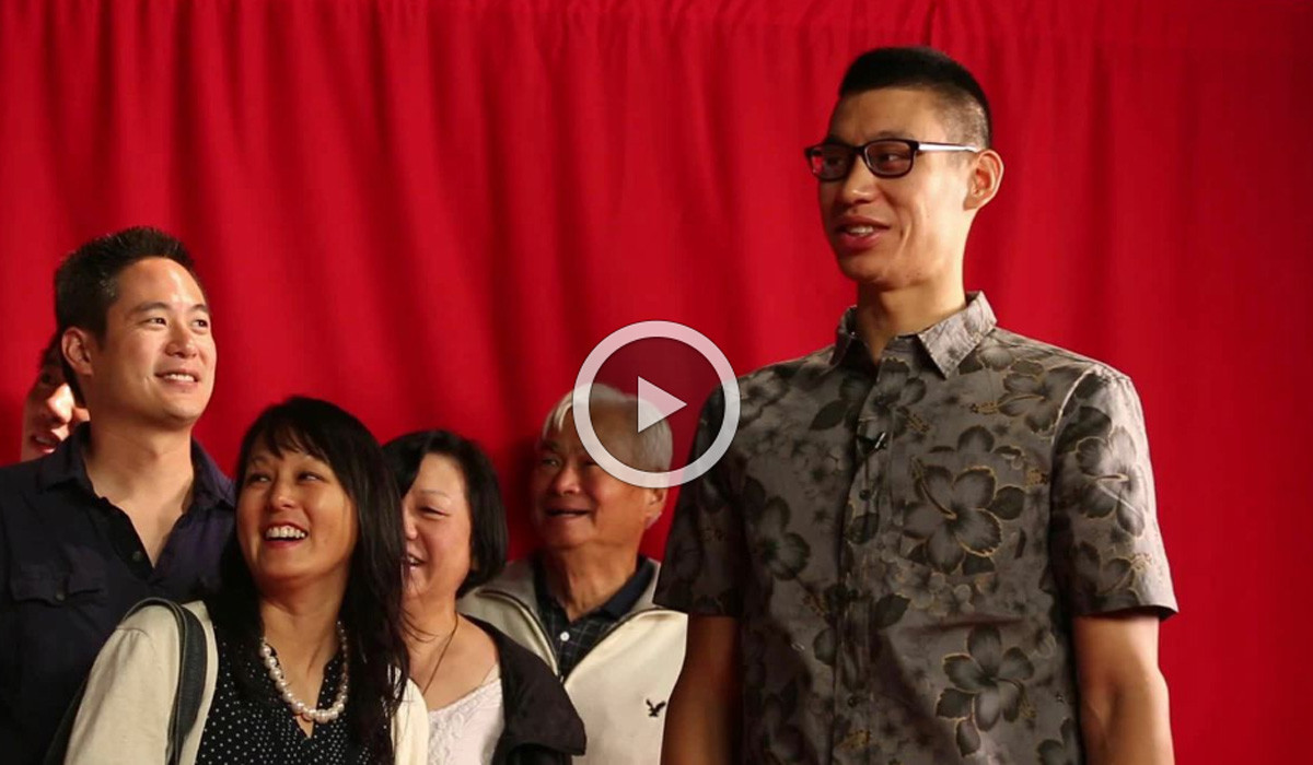 Watch Jeremy Lin meet Jeremy Lin at Madame Tussauds