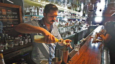 Glendale Historical Society raises the bar
