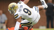 UCLA avoids an early letdown and keeps title hopes alive