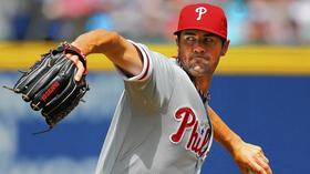 Hamels, Phillies bullpen combine for no-hitter
