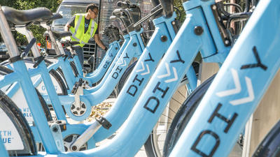 Divvy faces growing pains in Chicago