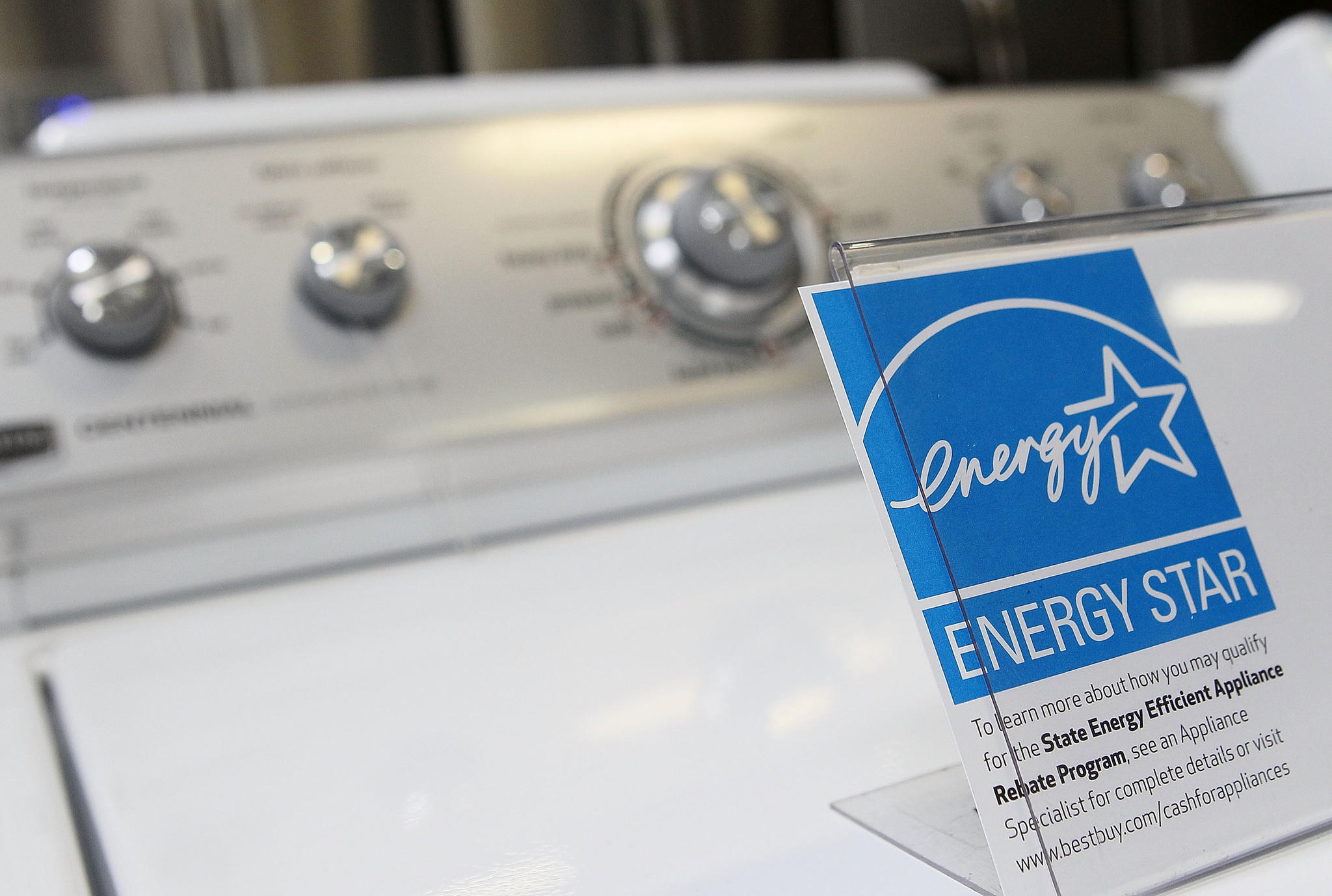 Pay no tax on eligible Energy Star appliances and WaterSence products during the Florida's tax final holiday on Sept. 19-21.